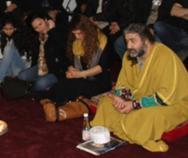 """محترم بهرام """"حیدری"""" یکتن از فرهنگیان همزبان ایرانی ما در حال تحلیل شعر از حضرت مولانا"""