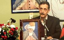 "محترم الحاج محمد کریم "" نستوه "" حین خوانش شعر"